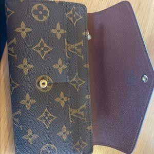 Louis Vuitton Bags - Louis Vuitton monogram wallet
